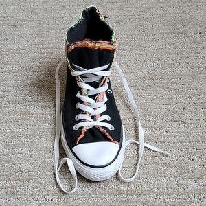Converse High Tops Black Multi Color M 8, W 10